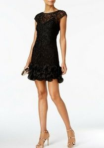 NWT GUESS  Floral-Lace Ruffled-Hem Dress Size 8